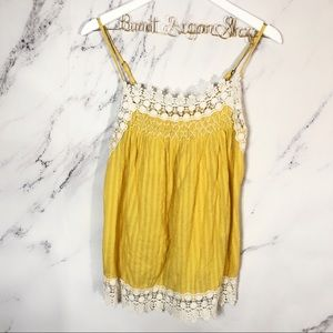 Chelsea & Violet || NWT Yellow lace tank top